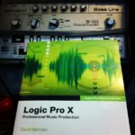 The newly arrival of Logic X training book + my lovely TeeBee #loopsample……